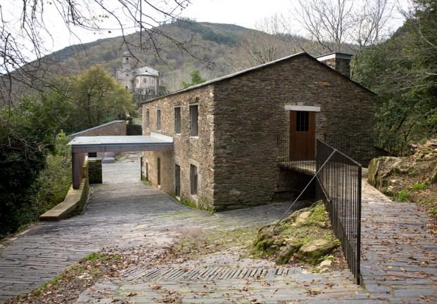 isabel-aguirre-urcola-y-celestino-garcia-brana-monasterio-de-caaveiro-e1482324654235_diario-design